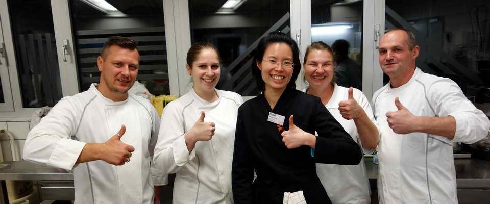 📖 LWV-Kochteam bei PAYAS-Schulung